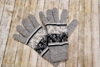 Alpaca Wool Light Gray Gloves Hand Knitted Inca Designs  Springfield, 22150