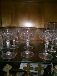 four clear cut glass footed wine glasses Houston, 77045