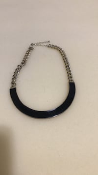 black and silver chain bracelet New York, 10033