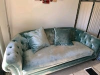 tufted gray and pink floral sofa Los Angeles, 91405