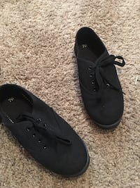 Pair of black boat shoes Bunker Hill, 25413
