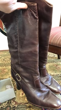 pair of brown leather knee high boots Woodbridge, 22191