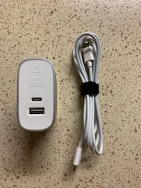 Belkin 27W Combined Home Charger Dual Port, MacBook, iPhone Xs, XS Max, XR, X, 8, 8 Plus Houston, 77034