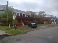 Land Contract! Building, Minutes To Downtown! Detroit
