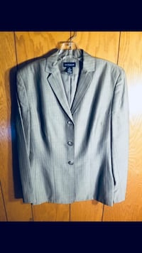 Beautiful gray pantsuit from Ann Taylor brand new  Fairfax, 22033