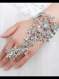 Crystal hand pieces an crystal belts scroll down to see more pictures Brampton, L6Z 0B4