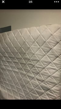 White and gray quilted mattress Doral, 33178