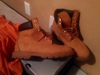 pair of wheat Timberland size 9, 8/10 condition  Sumter, 29150