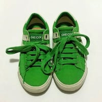 Geox Shoe, Kids Size 13 (like New)
