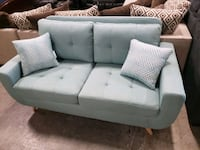 Brand New Loveseat couch tax included and free del Hayward, 94541