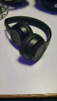 black Beats By Dr. Dre wireless headphones Centre County, 16802