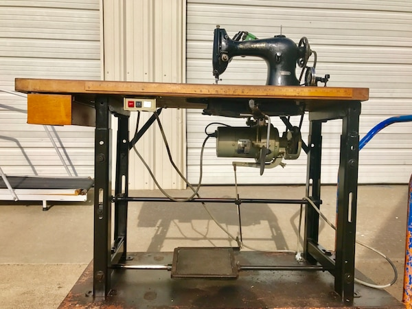 Used SINGER 4040 INDUSTRIAL SEWING MACHINE For Sale In Keene Letgo Fascinating Industrial Singer Sewing Machine For Sale