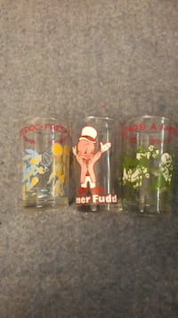 Looney toons glass cups Brentwood, 11717