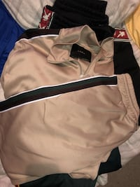 b6609384542d1 Used Sz M Polo Sweater for sale in New York - letgo