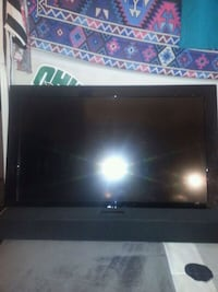 32 inch LG TV with Vizio sound bar Middletown, 45044