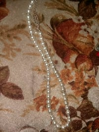 silver-colored chain necklace Lincoln, 68503