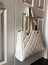 Brand new women white bag  London, N6G 5N1