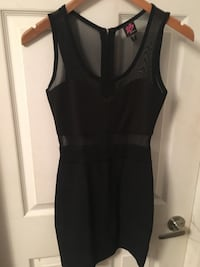 women's black sleeveless dress 481 km