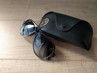 Ray-ban sunglasses with case Mississauga, L5R