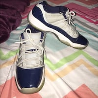 Used low top 11s size 10.5
