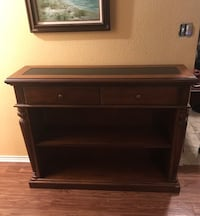 Hooker furniture entry way table Temple, 76502