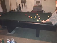 8' pool table Columbus, 43203