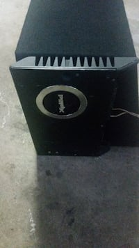 Pioneer subwoofer with an amplifier Brampton, L6P 1E6
