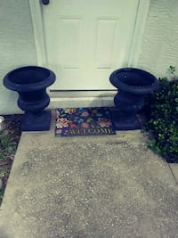 Pair of 2 1/2 ft. Planters urns Ponce Inlet, 32127