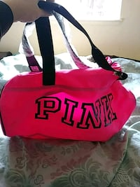 Pink duffel new with tags Medford, 97504