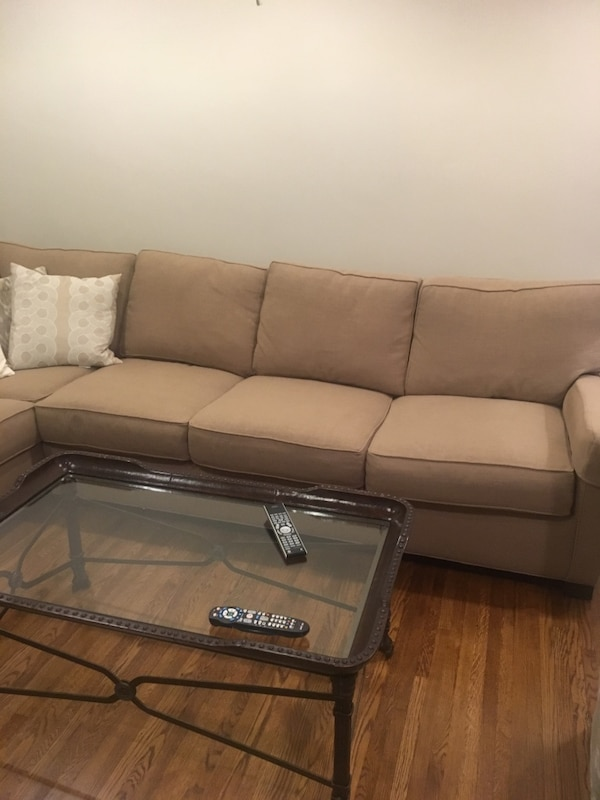 Lee Sectional Sofa