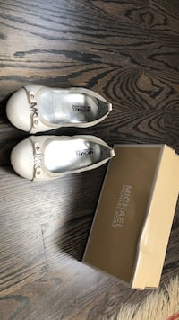 Size 1 US Michael Kors girls shoes Toronto, M5M 2J3