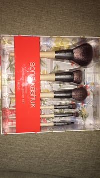 Makeup brush Alexandria