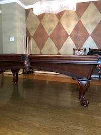 Pool table with accessories Houston, 77007