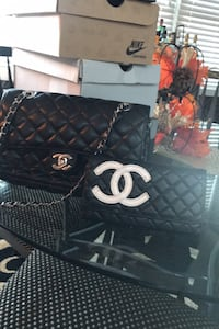 Chanel purse and wallet