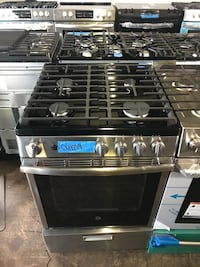 GE 24in gas stove brand new 6 months warranty  Halethorpe, 21227