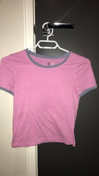 pacsun gray and pink crew-neck t-shirt