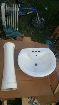 white ceramic pedestal sink Nottingham, 21236