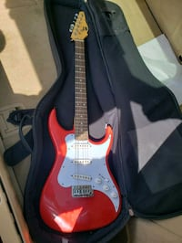 red and white stratocaster guitar Surrey, V3R 0R3