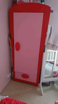 Armoire et 2 commodes ikea rose