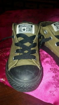 Kids size 13 Converse All Stars New Philadelphia, 44663