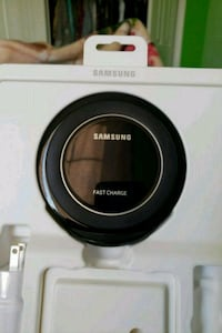 Samsung wireless charger  Milton, L9T 0S9