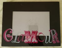 """NEW Glamour picture frame opening is 5.75"""" x 3.75""""  OKLAHOMACITY"""