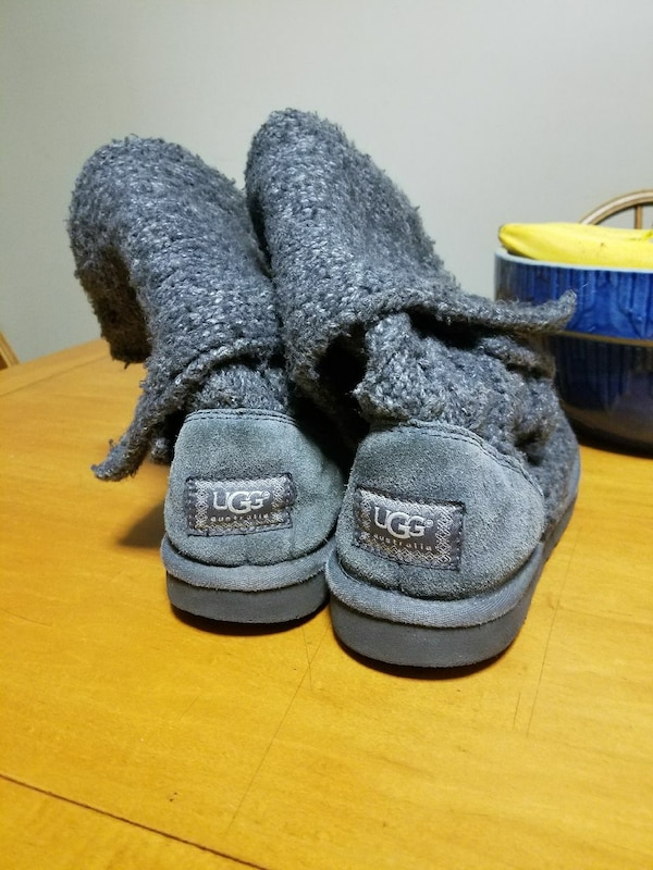 c63f17d528b Used UGG boots size 8 for sale in Columbus - letgo