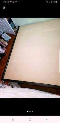 Queen size bed frame (wood) Toronto, M1J 2L4