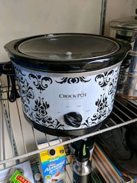 white and black Crock-Pot slow cooker Great Falls, 22066