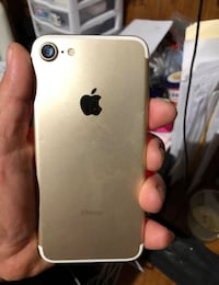Apple iPhone 7 Gold 32 GB Fairfax