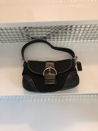 Coach - authentic small hand bag. Gently used only like 4 evenings out SMH Coral Springs, 33071