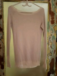 Lululemon small sweater North Vancouver, V7L 1G1