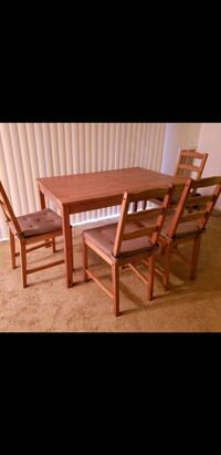 wooden dining table set , 4 seats 25 km