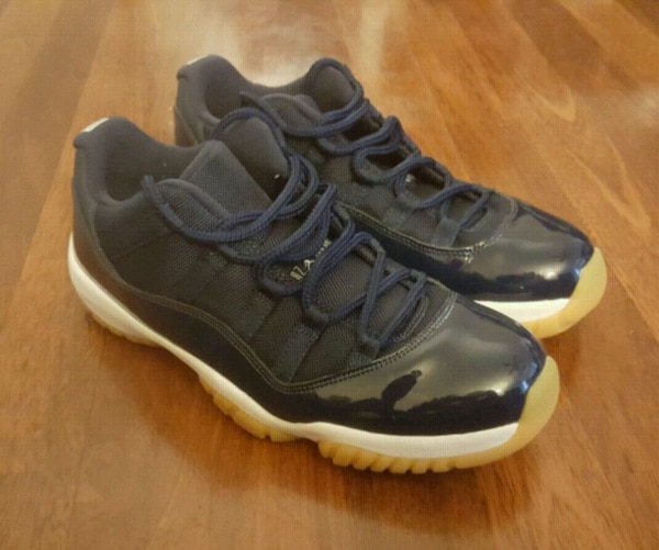 b3435cd308e332 Used Jordan retro 11 low navy blue 9.5 for sale in Hayward - letgo